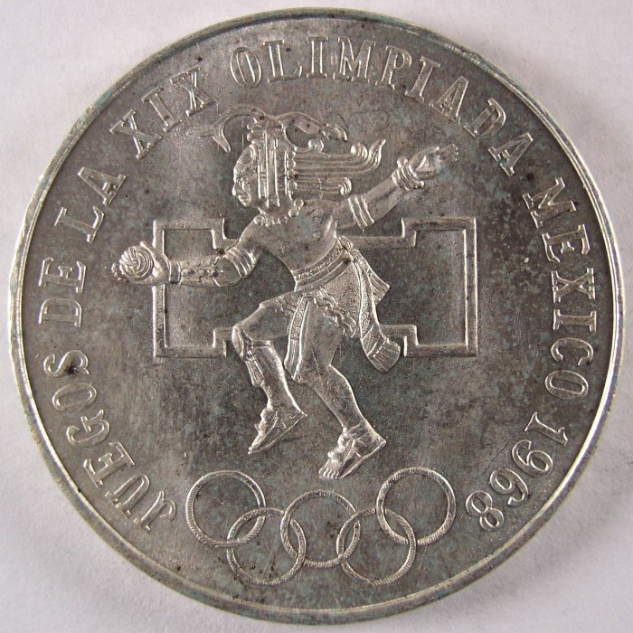 click for larger picture of 1968 Mexico Summer Olympics 25 Pesos - Type 2 Center Ring Low
