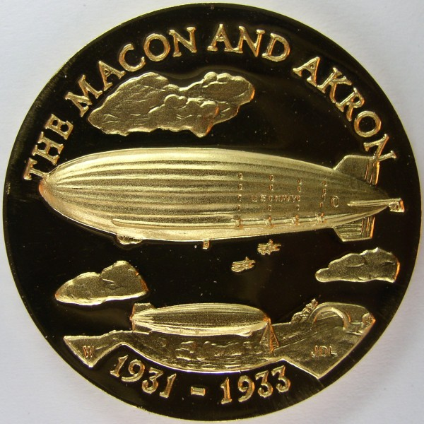 click for larger picture of 1931 - 1933 USS Macon and USS Akron Dirigible Medal