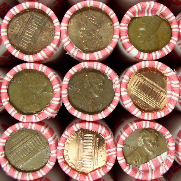 click for larger picture of $25.00 Box of Lincoln Pennies (50 rolls)