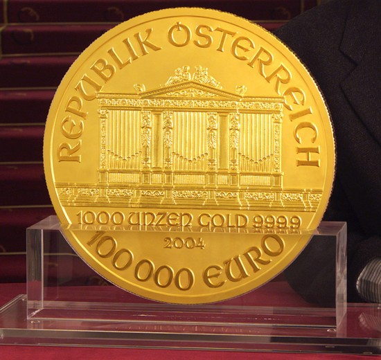click for larger picture of 2004 Austria Gold 100,000 Euro Philharmonic (1000 ounces)